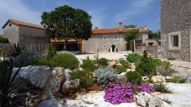 Landhaus MEGA